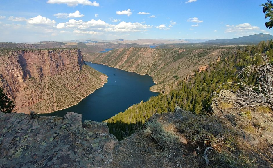 Flaming-Gorge-National-Recreation-Area-View